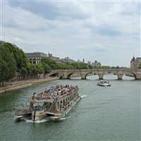 Paris - Floating Hotel